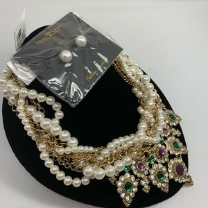 NWT 2 piece Pearl Victorian necklace set w/ studs